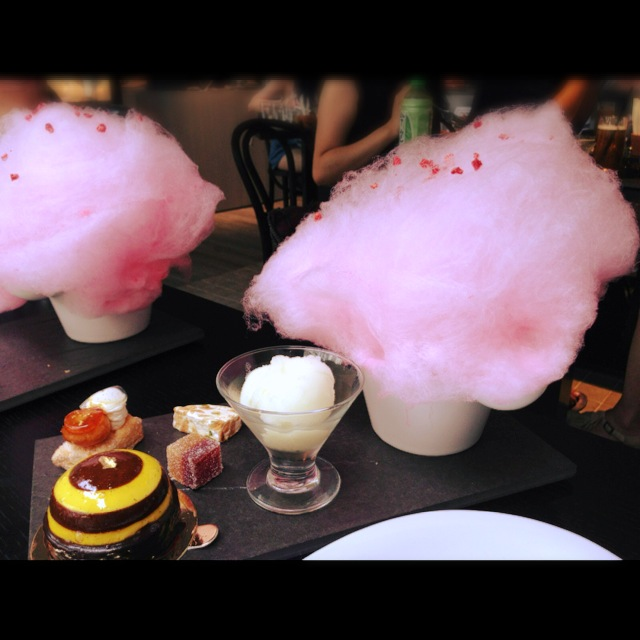Cotton Candy with small finger food