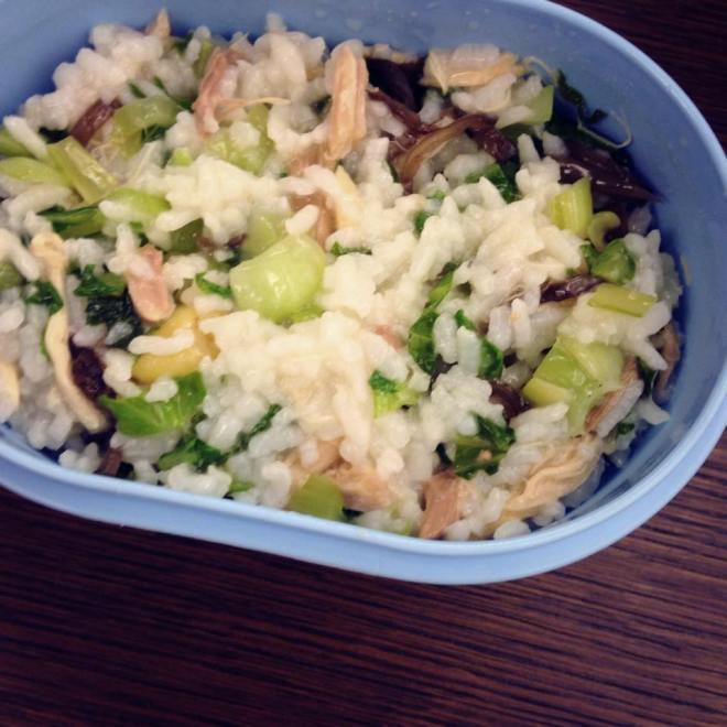 雞肉絲+青江菜+黑木耳+白飯