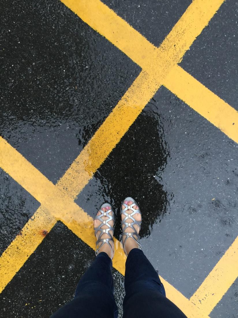 {鞋} 備受好評的塑膠鞋 Melissa x Karl Lagerfeld聯名款-下雨天的時尚好鞋