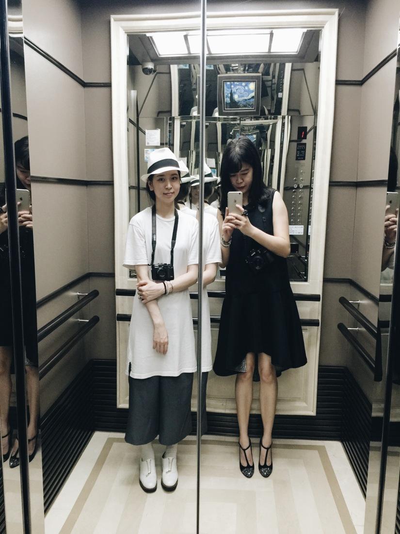 {fashion} 我的第一件客製黑色洋裝 Designer AinyChih